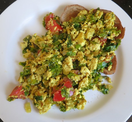 Tofu scramble with kale